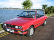 BMW 320i CONVERTABLE