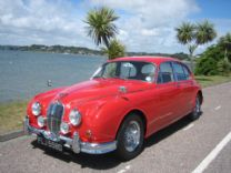 JAGUAR MK II 3.4 MAN WITH O-DRIVE 1966 FULLY RESTORED.