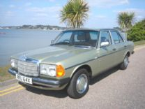 MERCEDES 200 W123 1981 - 1 OWNER 75,000 miles FSH.