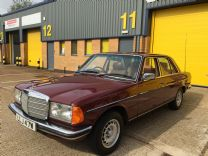 MERCEDES 280E SALOON 1980 ONLY 46,000 miles !