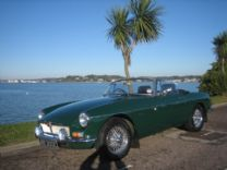 MG ROADSTER 1965 FULLY RESTORED 5,000 miles AGO !