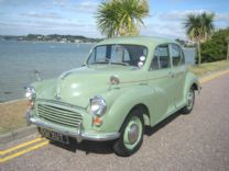 MORRIS MINOR SPLIT SCREEN 1956 4 DOOR DELUXE